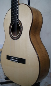 Guitarra de Imbuia