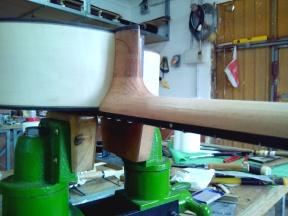 Guitarra de arce y pino abeto